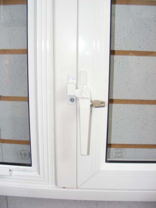Hinged Unit Handle with keylock